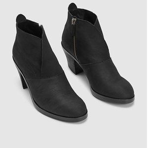 EILEEN FISHER Murphy Intaglio Heeled Ankle Booties